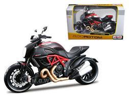 DUCATI DIAVEL CARBON BIKE 1/12 DIECAST MOTORCYCLE MODEL BY M